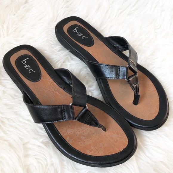 05dd1a13bca3 boc Shoes - BOC Born Black Leather Thong Sandals